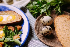 Breakfast with quail eggs