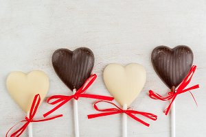 Valentine's bg: chocolate candies