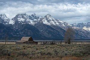 Mountain Valley Barn & Corral