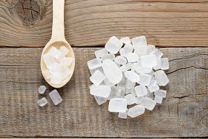Rock sugar in spoon