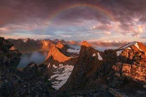 Rainbow over fjord Steinfjorden Web