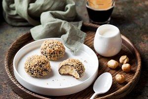 Homemade almond shortbread cookies (Snowball)