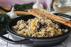 fried rice with cabbage and mushrooms