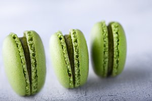 French pistachios macaroons