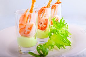Shrimp with avocado yogurt  in a glass
