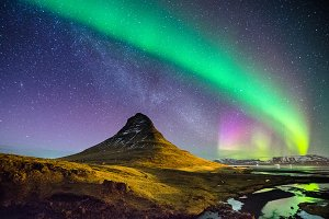 The Northern Lights & The Milky Way
