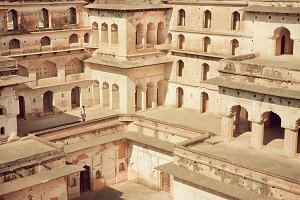 Maze of India