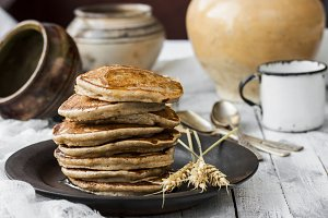 pancakes with coconut milk and bananas