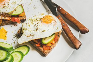 Breakfast toast and fried egg