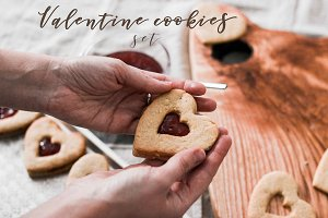 Valentine cookies set