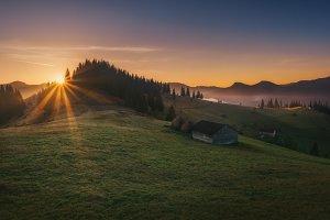 Sunrise at Mount Stepansky Web