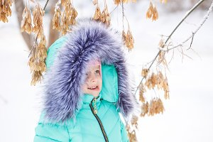Little girl winter.