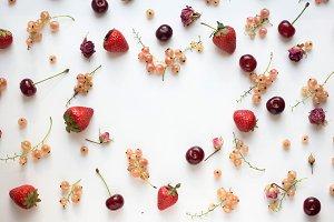Berry heart frame