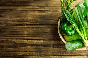 Green vegetables in bowl