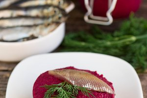 appetizer of beets with salted fish