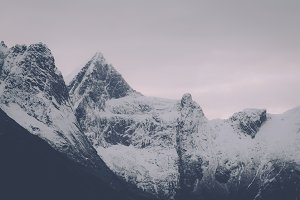 Snowy Mountains #11 (Vintage Series)