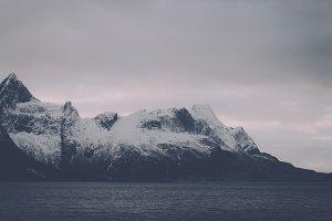 Snowy Mountains #16 (Vintage Series)