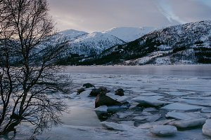 Snowy Mountains and Water #04