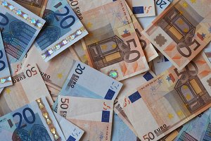Euro (EUR) notes, European Union (EU)