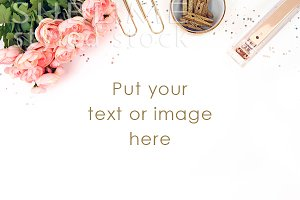 Styled Stock Desktop~Roses with gold