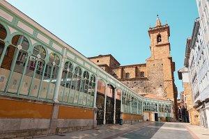 San Isidoro and Fontan Market