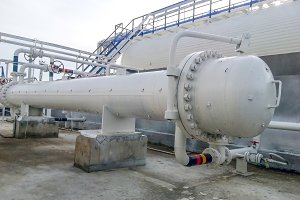 Heat exchanger in a refinery