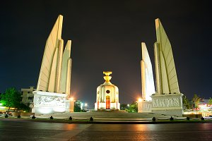 Democracy Monument , Bangkokg