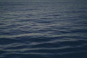 Dark Ocean Waves (ideal Background)