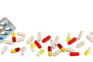 Capsules with tablets