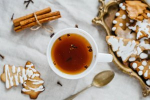 herbal tea with a ginger cookies