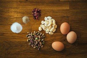 Pistachio nut cake ingredients