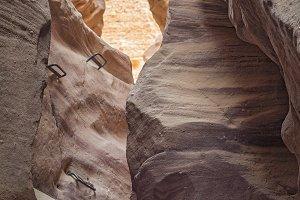 BeauRed canyotiful mountain canyon .