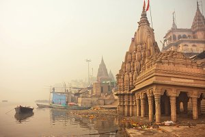 Early morning at Ganges river