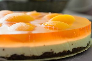Cheesecake with apricot slices