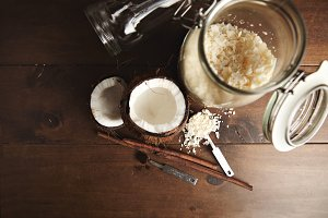 Coconut and cinnammon smoothie set