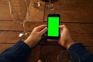 Using mobile phone in restaurant