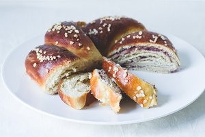 Stuffed challah bread