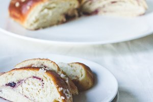 Challah bread slices