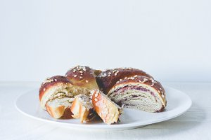Sliced challah bread