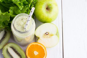 green smoothies and vegetables
