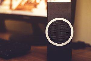 Trendy Desktop Speaker