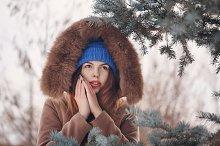 Girl teenager in winter.