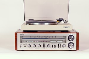 Vintage Receiver and Turntable