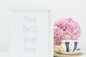 8x10 white frame mockup pink