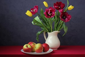 tulips and apples
