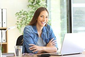 freelance woman posing