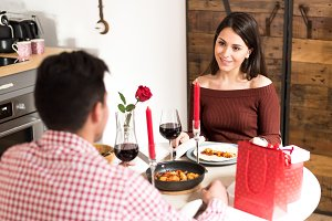 couple having dinner on valentine