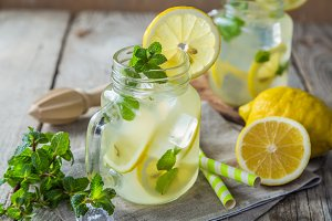 Classic lemonade in glass jars