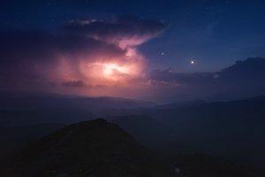 Mount Pop Ivan. Storm front. Web
