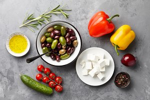 Greek salad main ingredients